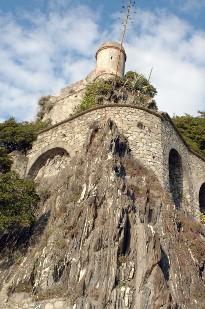 domenica 25, Moneglia: Visita guidata al centro storico e al Castello di Villafranca