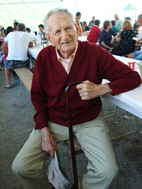 'Festa della famiglia' -Luigi Musante, conosciutissimo giocatore di bocce, che dall'alto delle sue 103 primavere e con uno spirito invidiabile ha suscitato forti emozioni con i suoi racconti di guerra