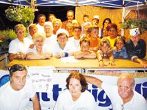 una foto del Comitato Festeggiamenti N. S. Addolorata di Uscio scattata alla festa estiva 2010