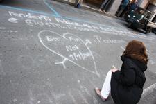 'Ho scritto t'amo sulla... strada