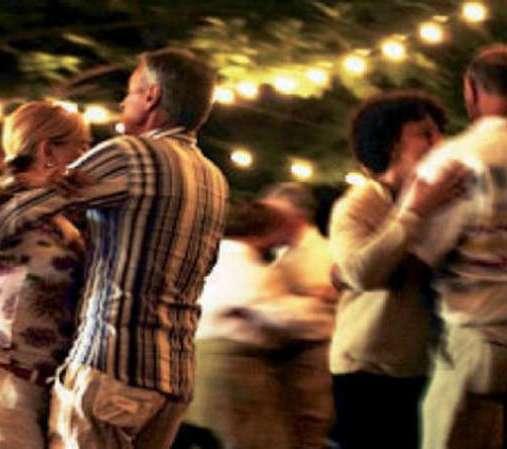 Lumarzo, dal 7 NOVEMBRE: corsi di ballo per beneficenza. Divertirsi in compagnia e restare in forma facendo del bene