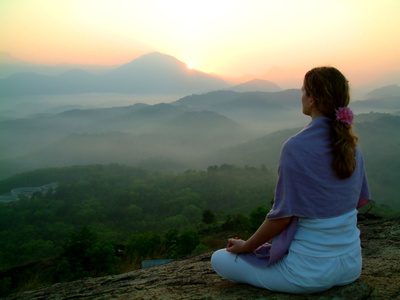 Meditando come Siddharta: dieci giorni disconnessi dal mondo, nessun contatto umano, neanche una parola