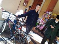 Tra suicidi e ottimismo, targhe alle bici e sanità