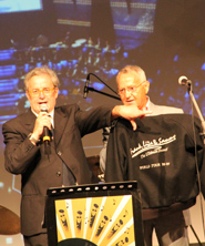 Mauro Boccaccio (resp. comunicazione Regione Liguria) con il titolare del Ristorante Zefirino di Genova, storico 'fornitore' di pesto per il cantante Frank Sinatra