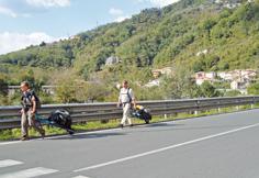 Turisti in 'carriola' avvistati in Fontanabuona