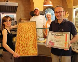 """""""Figassetta Award 2014"""": la focaccetta più amata è quella dell' Antico Forno Sanguineti di Lavagna. Chiavari conquista il secondo posto e Lavagna anche il terzo; Recco la grande esclusa"""