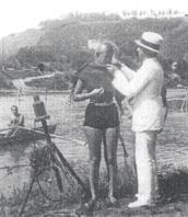 Rubò un sommergibile,visse in un castello e lo trasformò in uno dei primi alberghi per giovani, inventò la tuta da palombaro, l'ostello galleggiante e tecnologie per l'energia pulita: Angelo Belloni, visse a Cavi di Lavagna una delle figure più incredibili del '900