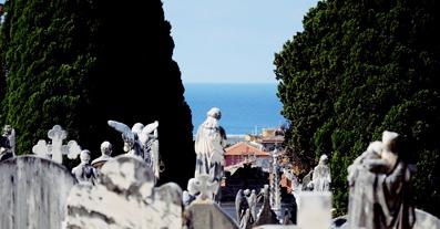 E' tra i monumentali più belli e visitati della Liguria: cimitero monumentale di lavagna,una meraviglia che sta... morendo