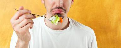 BUONMESE di Giansandro Rosasco - Consigli per la dieta: il bluff, la speranza, la fase complotto e la tabula rasa