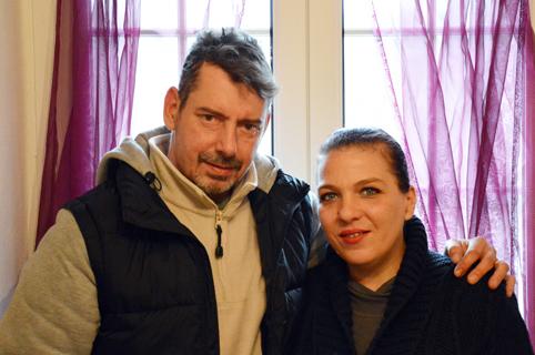 La casa con le braccia aperte: la storia di Paolo e Mony e il caso del senzatetto  che ha mobilitato l'Italia