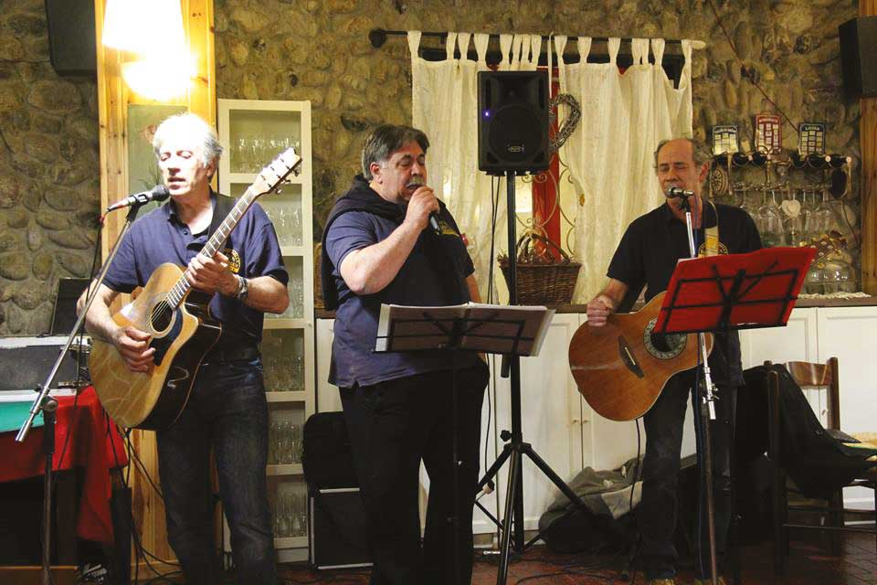 La storia del territorio in musica: il Gruppo Folk AMICI DELLA VALGRAVEGLIA