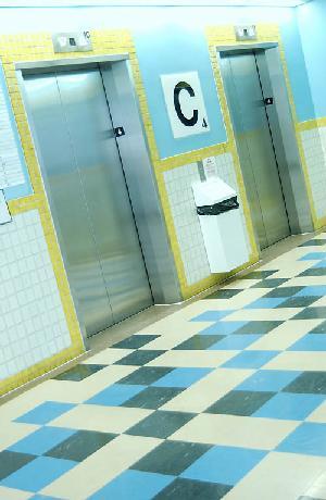 VITA DI CONDOMINIO - Se nel palazzo apre uno studio professionale e le spese di luce e ascensore aumentano...