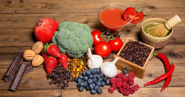 Dieta della longevità: 20 alimenti per stare bene a lungo e il caso di Sandra