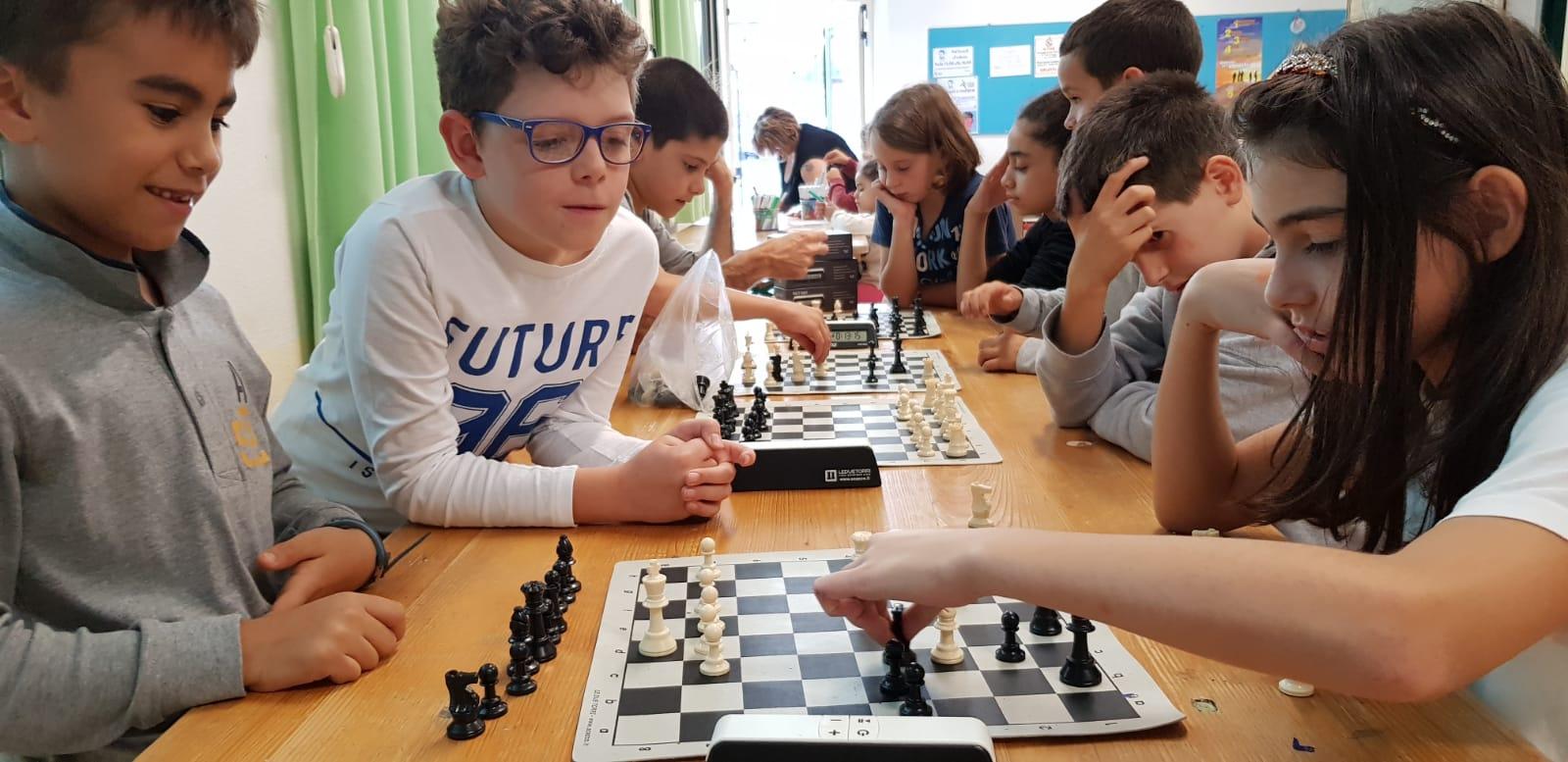 A Monleone i ragazzini riscoprono gli scacchi