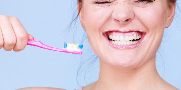 #DENTISTA - Quante volte al giorno vanno lavati i denti?