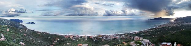 #CORFOLEGITE - Passeggiata a Santa Giulia: pace, chiesette, ville, mulini e panorami mozzafiato